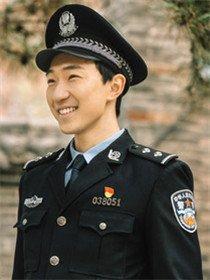 民警老林的幸福生活角色令卓