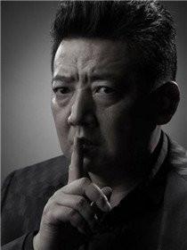 瞄准演员王砚辉